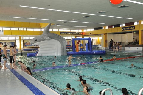 Discozwemmen In Het Fb Duran Zwembad Daarom Diemen