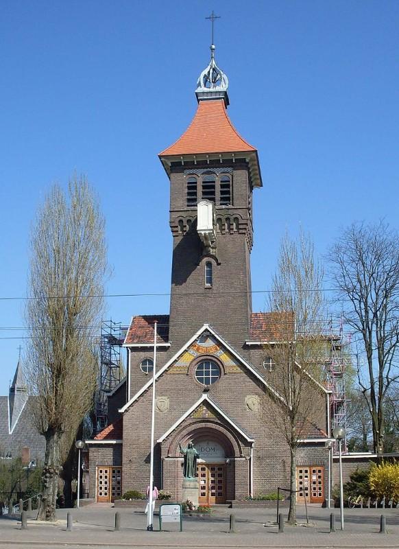 Sint-Petrusbandenkerk-diemen